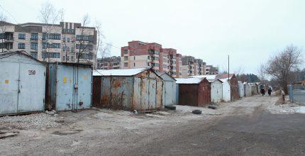 Проект гаражного комплекса на Октябрьском проспекте показали в Троицкой администрации.