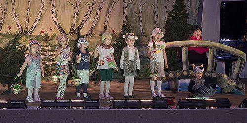 Маленькие актеры из Троицка