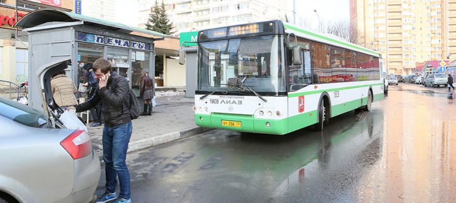 Более 17 млн человек ежедневно пользуются московским общественным транспортом