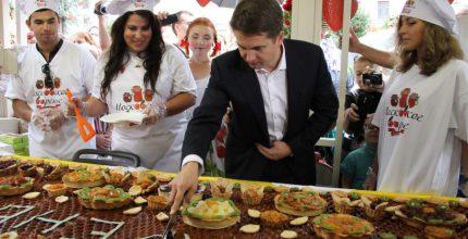 Более 6 млн человек посетили фестиваль варенья в Москве