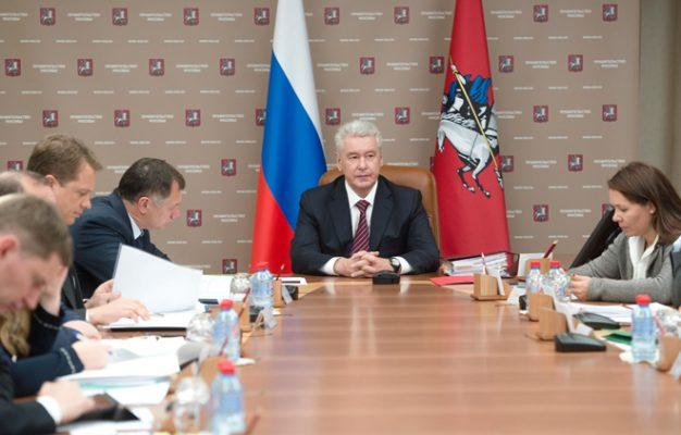 Собянин: субсидия на установку шлагбаумов во дворах зоны платной парковки составит 50 тыс рублей