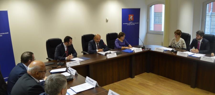 Муниципальные депутаты Москвы распорядятся средствами на благоустройство районов