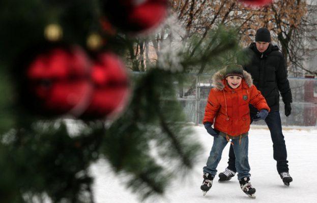 В новом зимнем сезоне москвичам будут доступны 1.5 тысячи катков и 269 лыжных трасс