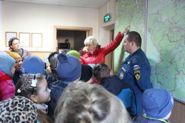 Детям о профессии пожарный и спасатель