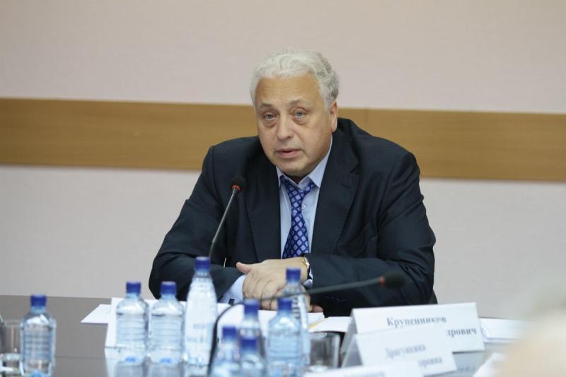 Заместитель мэра Москвы по социальным вопросам Леонид Печатников.