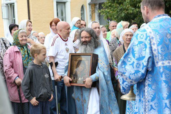Казанская икона: исцеление души