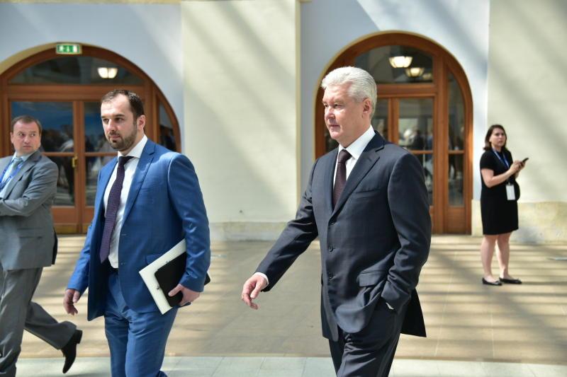 Мэром Москвы Сергеем Собяниным отдано поручение на Президиуме Правительства Москвы на организацию видеонаблюдения во время голосования в Госдуму.