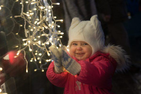 На сайте Mos.ru запущен спецпроект о новогодних праздниках в столице