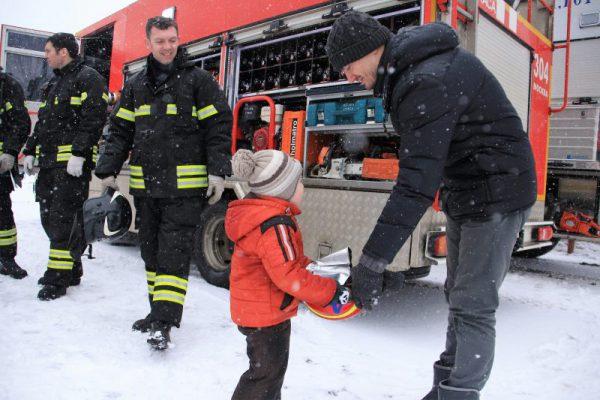 Мастер-классы в праздничные дни от спасателей и пожарных новой Москвы