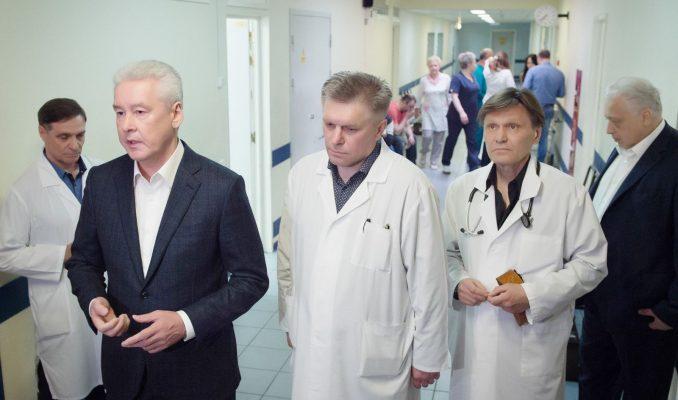 Власти Москвы выплатят по миллиону рублей семьям погибших от урагана