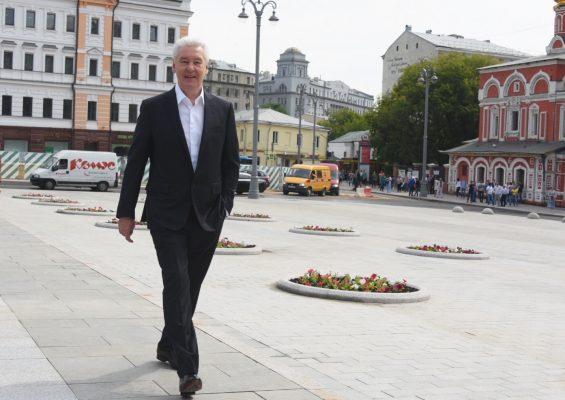 «Моя улица» сделала Славянскую площадь вновь удобной для горожан