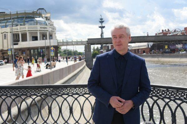 На Якиманской набережной завершили благоустройство по программе «Моя улица»