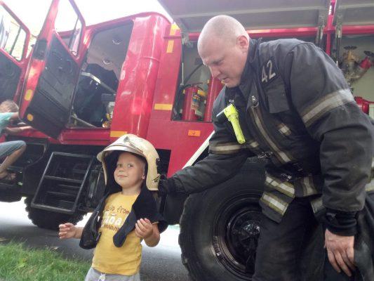 Пожарные и спасатели ТиНАО проводят профилактические рейды
