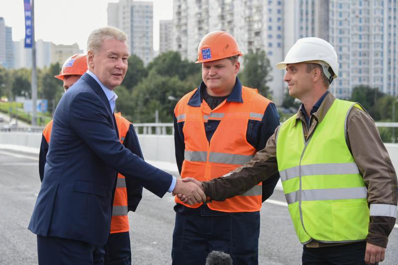 Мэр Москвы Сергей Собянин открыл эстакаду на Варшавском шоссе