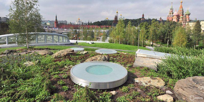 Президент открыл новый столичный парк «Зарядье» в День города