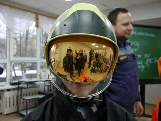 Безопасный Новый год: Масштабные, познавательные, интересные занятия с детьми