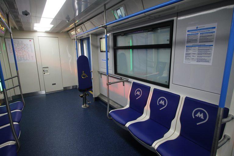 «Москва 24» стал первым в мире телеканалом, вещающим в вагонах метро. Фото: архив