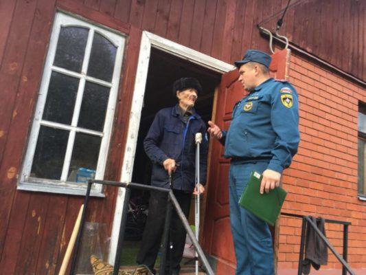 Профилактические мероприятия в местах проживания семей и пожилых граждан