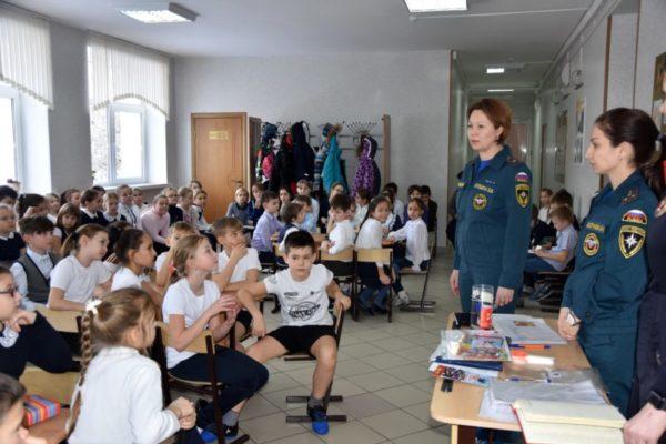 Учебные занятия на тему пожарной безопасности и в МАОУ «Гимназия имени Н.В. Пушкова»