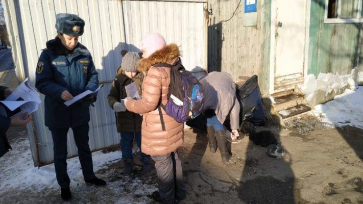 Рейдовые обходы многоквартирных жилых домов совместно с добровольцами