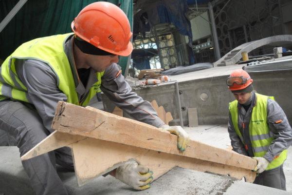 Первые публичные слушания по реновации прошли сразу в 6 районах столицы