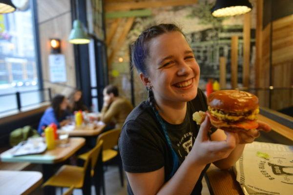 В парке горького 27  июля отметят День гамбургера