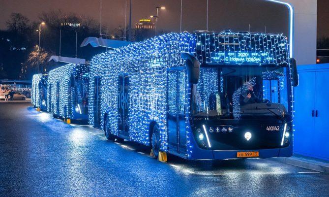 Движение столичного транспорта скорректируют в Рождество