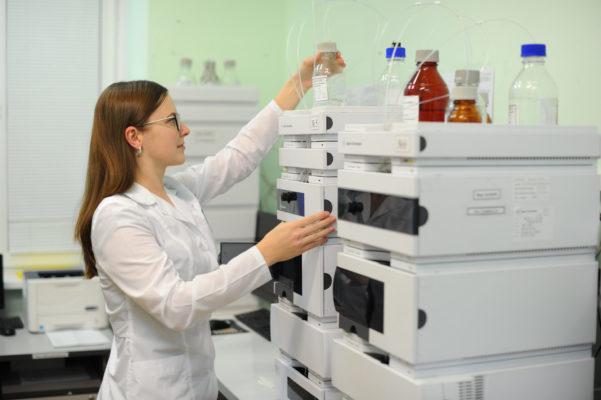Москвичам с коронавирусом предоставят противовирусные препараты бесплатно