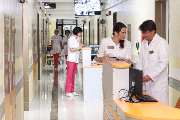 В Москве выписан из больницы первый излечившийся от коронавируса