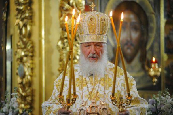 Патриарх призвал воздержаться от посещения храмов