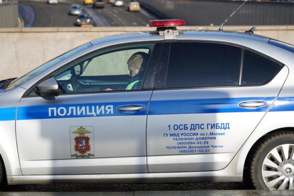 Мужчину на Патриарших задержали из-за невыполнения законных требований полиции