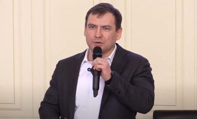 Данчиков отметил снижение на треть числа нарушений самоизоляции 9 и 10 мая