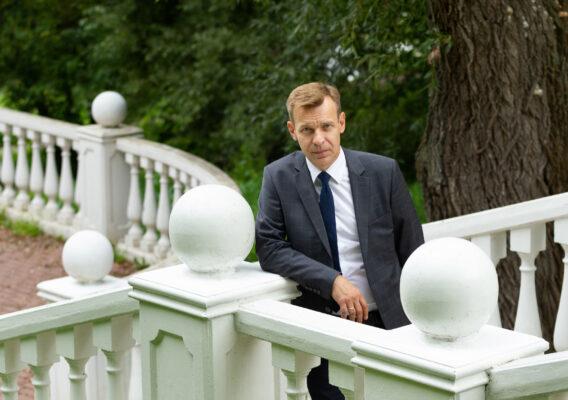 Депутат Мосгордумы Игорь Бускин рассказал о развитии буккроссинга в столичных парках
