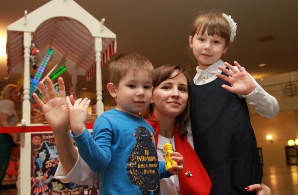 В Москве стартовала благотворительная акция «Собери ребенка в школу»