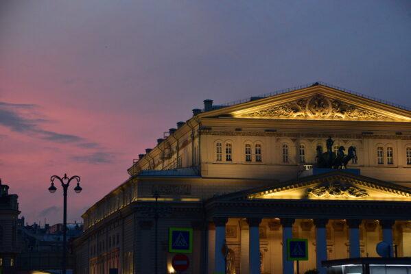 Продажу билетов в театры и музеи переведут в онлайн в рамках борьбы с COVID-19