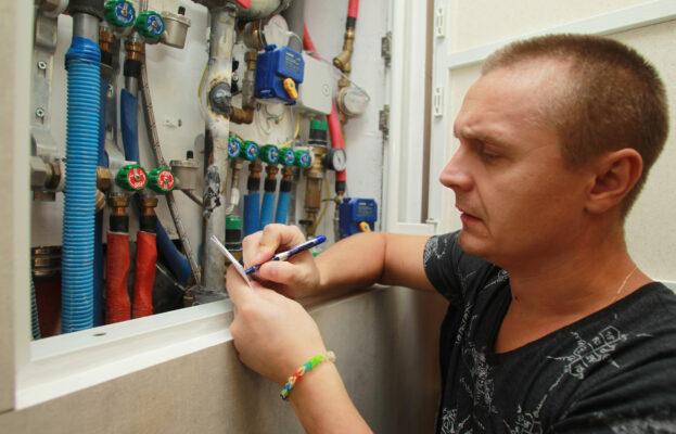 Московских депутатов научат разбираться в тонкостях капитального ремонта