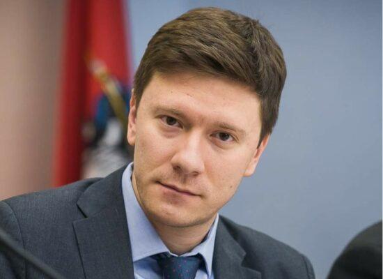 Единорос Козлов: В бюджете надо учесть допсредства на обманутых дольщиков