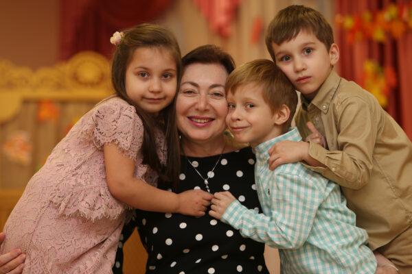 В детско-юношеском центре в Щербинке провели онлайн-фестиваль ко Дню матери