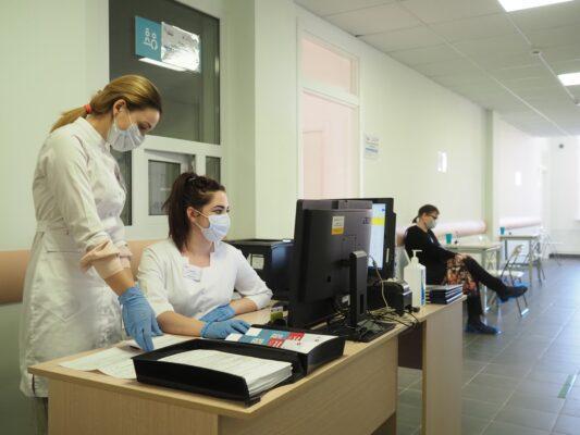 Общее число пунктов вакцинации в Москве с 14 января будет увеличено до 100