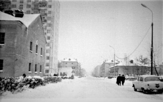Заснеженный Троицк в 1970-е годы.