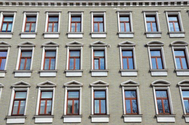 Расходы на жилье в Москве в 2020 году были ниже мировых показателей