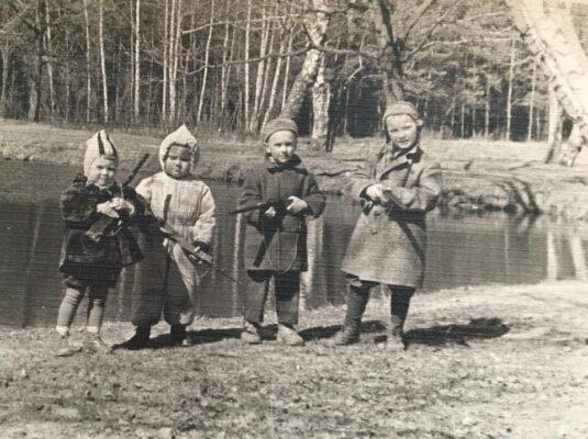 Пруд на 40 км. Весна 1962 года.