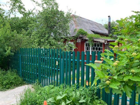 В Троицке в частном секторе в Богородском и Фабричном посёлке ещё можно встретить на некоторых домах затёртые временем таблички «Дом образцового содержания».
