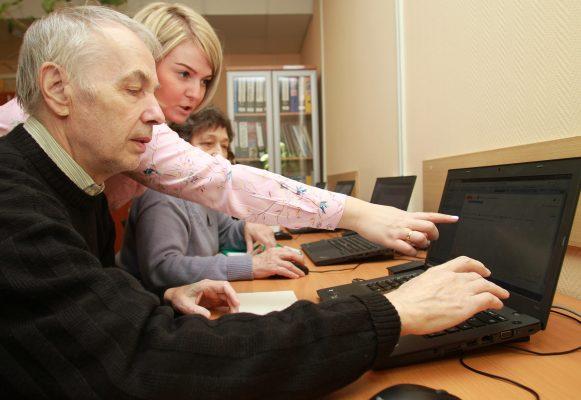 Более 20 процентов личных кабинетов на mos.ru создали горожане старше 50 лет